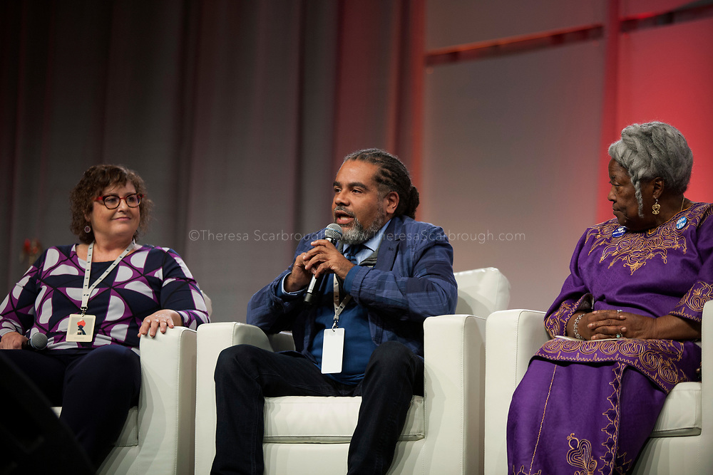 Detroit, Michigan, USA. 28th Oct, 2017. Mark Thompson (center) speaks at the Sojourner Truth Lunch as (L-R) Kellie Hay and Lila Cabbil look on, during the Women's Convention held at the Cobo Center, Detroit Michigan, Saturday, October 28, 2017