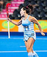 Londen - Maria-Noel Barrionuevo (Arg) scoort uit een strafbal   tijdens de cross over wedstrijd Argentinie-Nieuw Zeeland (2-0)  bij het WK Hockey 2018 in Londen .  COPYRIGHT KOEN SUYK