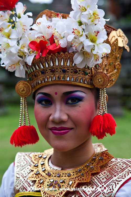 The  population of Bali of three million live mostly on the island making up 90% of Bali's total.  Balinese culture is perhaps most known for its dance, dramas and frequent ceremonies related to their religions and traditions. Balinese culture is a mix of Balinese Hindu  religious custom and native Balinese customs.