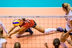 23-08-2017 NED: World Qualifications Belgium - Netherlands, Rotterdam<br /> De Nederlandse volleybalsters hebben op het WK-kwalificatietoernooi ook hun tweede duel in winst omgezet. Oranje overklaste Belgi&euml; en won met 3-0 (25-18, 25-18, 25-22). Eerder werd Griekenland ook al met 3-0 verslagen / Amber de Bante #21 BEL