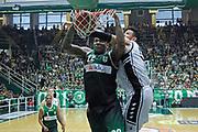 Avellino 30/04/2017 - Lega Basket Serie A - Campionato 2016/2017<br />Sidigas Avellino - Pasta Reggia Caserta<br />nella foto: schiacciata shawn jones<br />foto Ciamillo