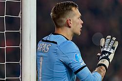 23-11-2019 NED: FC Utrecht - AZ Alkmaar, Utrecht<br /> Round 14 / Marco Bizot #1 of AZ Alkmaar