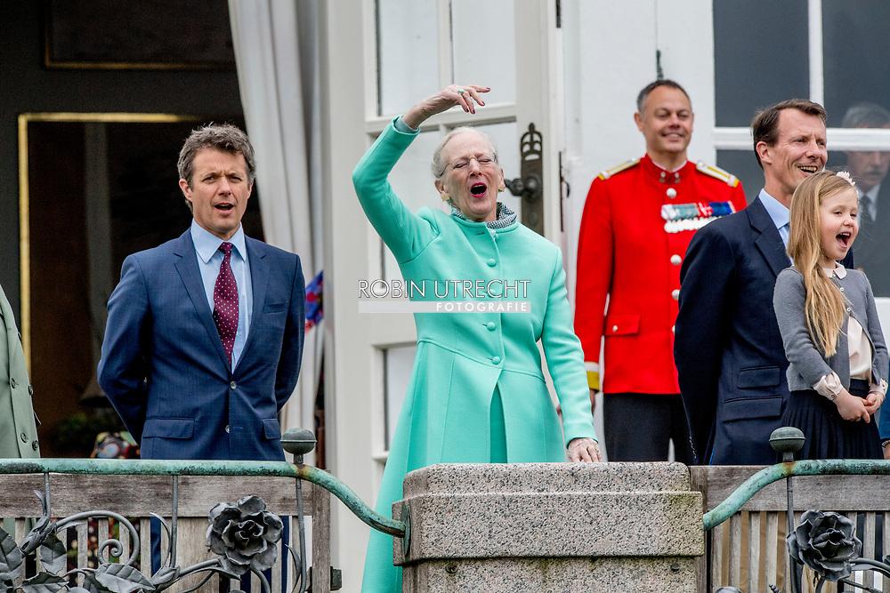 16-4-2017 - AARHUS - - birthday celebration on the balkony marselisborg palace  Queen Margrethe, Prince Henrik, Crownprince Frederik, Crownprincess Mary, Prince Christian, Princess Josephine of Denmark, Princess Isabella of Denmark, Prince Vincent of Denmark, Prince Christian of Denmark, Prince Nikolai of Denmark, Prince Felix of Denmark, Princess Athena of Denmark Princess Isabella, Prince Joachim, Princess Marie, Prince Nikolai, Prince Felix and Prince Henrik jr celebrate the 77th Birthday of Queen Margrethe and wave to the danish people at the balcony of  marselisborg Palace in AARHUS , 16 April 2017. COPYRIGHT ROBIN UTRECHT<br /> 16-4-2017 - AARHUS -- Koningin Margrethe, Prins Henrik, kroonprins Frederik, Kroonprinses Mary, prins Christian, prinses Isabella, prins Joachim, Prinses Marie, Prins Nikolai, Prins Felix en prins Henrik jr viert de 77ste verjaardag van koningin Margrethe en zwaaien naar de deense mensen op het balkon van Paleis marselisborg  in Aarhus , 16 april 2017. COPYRIGHT ROBIN UTRECHT