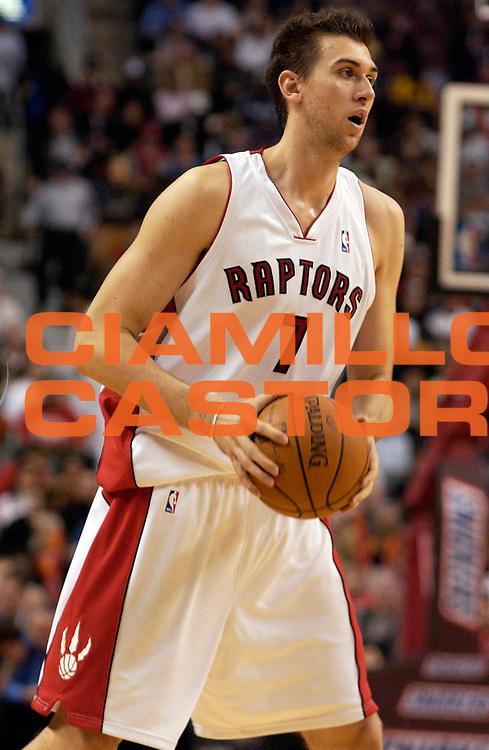 DESCRIZIONE : Toronto Campionato NBA 2007-2008 Toronto Raptors Philadelphia 76ers<br /> GIOCATORE : Andrea Bargnani<br /> SQUADRA : Toronto Raptors<br /> EVENTO : Campionato NBA 2007-2008 <br /> GARA : Toronto Raptors Philadelphia 76ers<br /> DATA : 31/10/2007 <br /> CATEGORIA : <br /> SPORT : Pallacanestro <br /> AUTORE : Agenzia Ciamillo-Castoria/V.Keslassy<br /> Galleria : NBA 2007-2008 <br /> Fotonotizia : Toronto Campionato NBA 2007-2008 Toronto Raptors Philadelphia 76ers<br /> Predefinita :