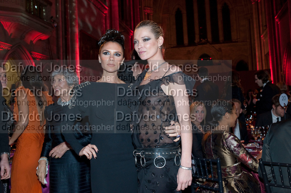 KATE MOSS; VICTORIA BECKHAM, British Fashion awards 2009. Supported by Swarovski. Celebrating 25 Years of British Fashion. Royal Courts of Justice. London. 9 December 2009