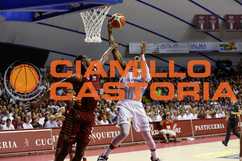 Dominique Sutton<br /> Umana Reyer Venezia - Dolomiti Energia Aquila Basket Trento<br /> Lega Basket Serie A 2016/17 Finali Gara 02<br /> Venezia, 12/06/2017<br /> Foto Ciamillo-Castoria / M. Brondi