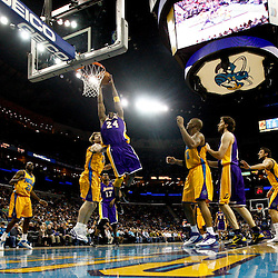 02-05-2011 Los Angeles Lakers at New Orleans Hornets