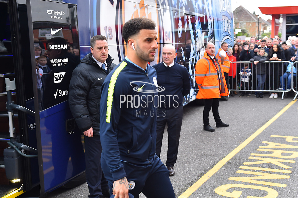 Kyle Walker (2) of Manchester City gets off the team bus on arrival at the Viatlity Stadium before the Premier League match between Bournemouth and Manchester City at the Vitality Stadium, Bournemouth, England on 2 March 2019.