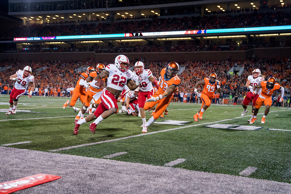 Devine Ozigbo (22) of the Nebraska Cornhuskers runs for a touchdown during Nebraska's game vs. Illinois at Memorial Stadium in Champaign, Illinois on Sept. 29, 2017. Photo by Aaron Babcock, Hail Varsity