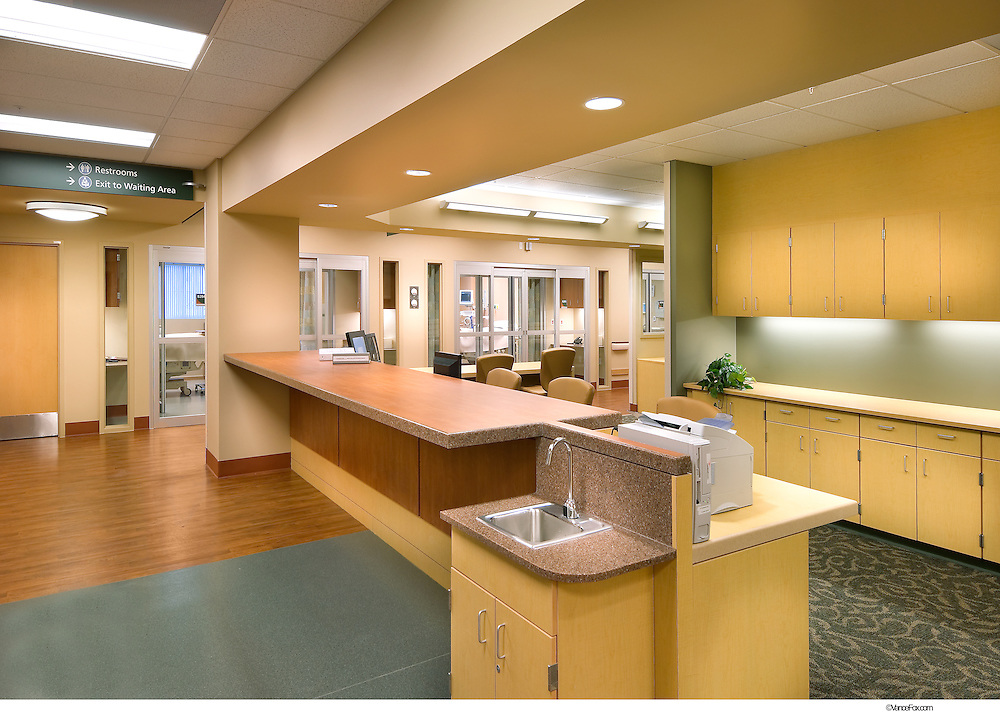 Carson Tahoe Hospital - Carson City, Nv.       Moon Mayoras Architects, Brandt Design Group