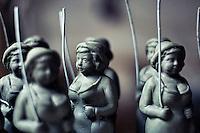 Particolare di statue di terracotta