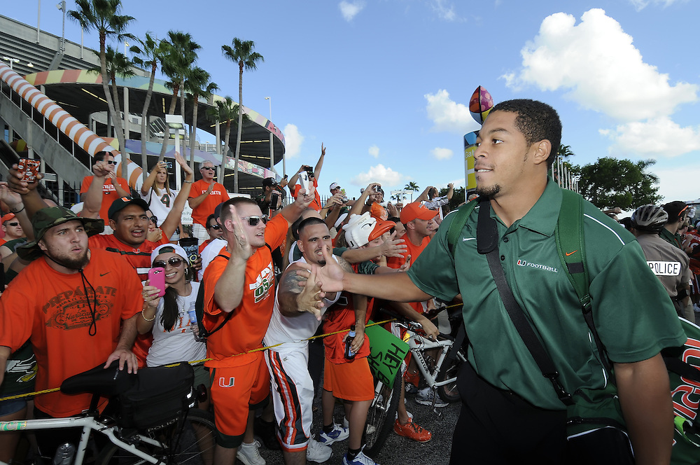 2011 Miami Hurricanes Football vs Ohio State