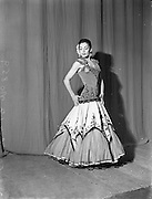 29/09/1952<br /> 09/29/1952<br /> 29 September 1952<br /> Teresa, Spanish dancer at the Olympia theatre, Dublin (special for Waveband).