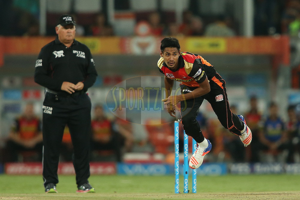 Mustafizur Rahman of Sunrisers Hyderabad sends down a delivery during match 42 of the Vivo IPL 2016 (Indian Premier League) between the Sunrisers Hyderabad and the Delhi Daredevils held at the Rajiv Gandhi Intl. Cricket Stadium, Hyderabad on the 12th May 2016<br /> <br /> Photo by Shaun Roy / IPL/ SPORTZPICS