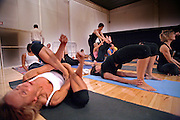 Milano, festival dello yoga al superstudio , lezione di Ashtanga Vinyasa Yoga.......Milan, yoga festival,Ashtanga Vinyasa Yoga lesson, breath dance. teacher Lino Miele