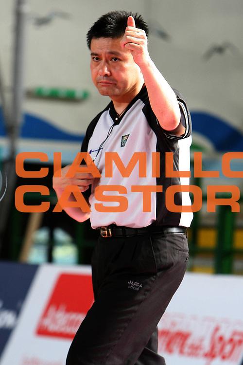 DESCRIZIONE : San Benedetto del Tronto Torneo Internazionale dell'Adriatico Italia-Francia Italy-France<br /> GIOCATORE : Kiba Kazufusa<br /> SQUADRA : Arbitro<br /> EVENTO : San Benedetto del Tronto Torneo Internazionale dell'Adriatico Italia-Francia<br /> GARA : Italia Francia Italy France<br /> DATA : 01/07/2006 <br /> CATEGORIA : <br /> SPORT : Pallacanestro <br /> AUTORE : Agenzia Ciamillo-Castoria/E.Castoria