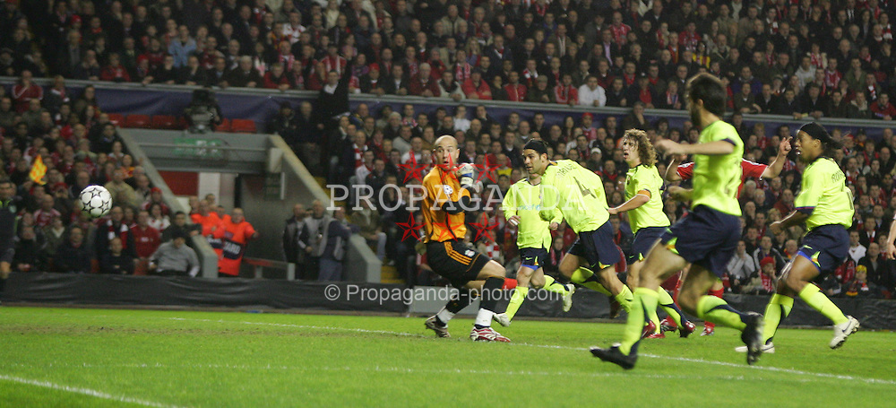 Liverpool, England - Tuesday, March 6, 2007: FC Barcelona's Rafael Marquez heads the ball past goalkeeper Jose Reina but wide of the goal during the UEFA Champions League First Knockout Round 2nd Leg at Anfield. (Pic by David Rawcliffe/Propaganda)
