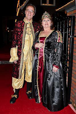 NLD/Volendam/20081221 - Housewarming feest Jan Smit en partner Yolanthe Cabau van Kasbergen, moeder Yolanthe en partner
