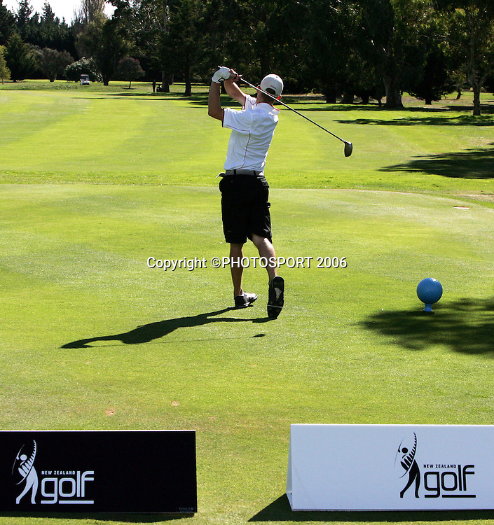 Hamilton's James Gill tees off during his match against Australia's Mitchell Brown in the 2006 New Zealand Mens Golf Amateur Championship at Coringa Golf Course, Christchurch, on Saturday 8 April 2006. Brown won the match. Photo: Tim Hales/PHOTOSPORT