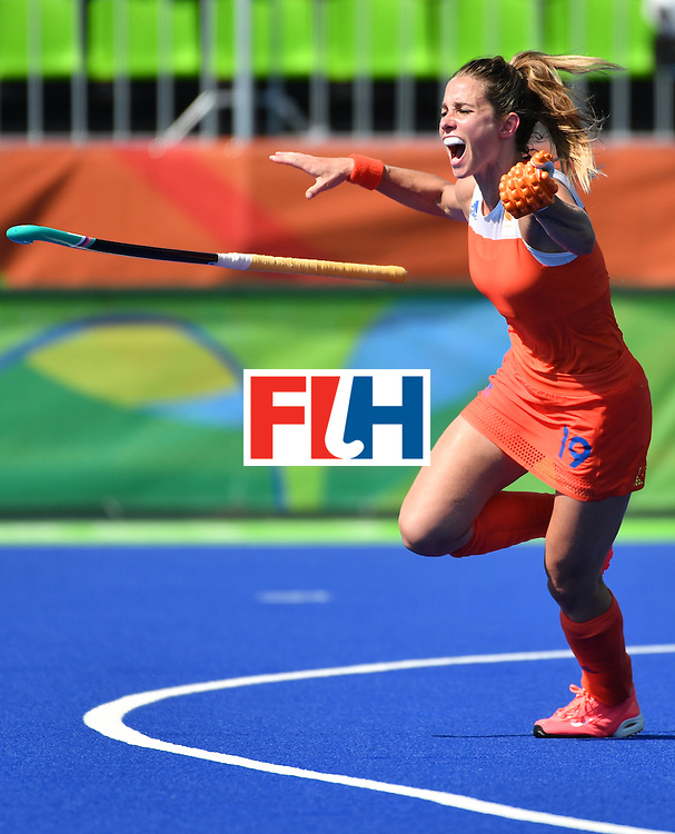 Netherlands' Ellen Hoog celebrates her goal during the penalty shoot-out at the end of the the women's semifinal field hockey Netherlands vs Germany match of the Rio 2016 Olympics Games at the Olympic Hockey Centre in Rio de Janeiro on August 17, 2016. / AFP / Pascal GUYOT        (Photo credit should read PASCAL GUYOT/AFP/Getty Images)