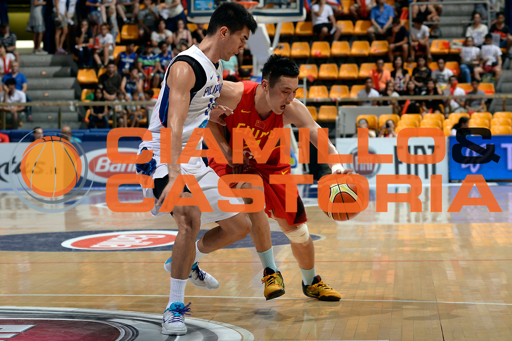 DESCRIZIONE : Bologna Nazionale Italia Uomini Imperial Basketball City Tournament Cina Filippine China Pilipinas<br /> GIOCATORE : Yanyuhang Ding<br /> CATEGORIA : palleggio penetrazione<br /> SQUADRA : Cina China<br /> EVENTO : Imperial Basketball City Tournament<br /> GARA : Bologna Nazionale Italia Uomini Imperial Basketball City Tournament Cina Filippine China Pilipinas<br /> DATA : 26/06/2016<br /> SPORT : Pallacanestro<br /> AUTORE : Agenzia Ciamillo-Castoria/Max.Ceretti<br /> Galleria : FIP Nazionali 2016<br /> Fotonotizia : Bologna Nazionale Italia Uomini Imperial Basketball City Tournament Cina Filippine China Pilipinas