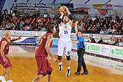 DESCRIZIONE : Venezia Lega A2 2009-10 Umana Reyer Venezia Riviera Solare Rimini<br /> GIOCATORE : Andrea Pecile<br /> SQUADRA : Riviera Solare Rimini <br /> EVENTO : Campionato Lega A2 2009-2010<br /> GARA : Umana Reyer Venezia Riviera Solare Rimini<br /> DATA : 09/12/2009<br /> CATEGORIA : Tiro Three Points<br /> SPORT : Pallacanestro <br /> AUTORE : Agenzia Ciamillo-Castoria/M.Gregolin<br /> Galleria : Lega Basket A2 2009-2010 <br /> Fotonotizia : Venezia Campionato Italiano Lega A2 2009-2010 Umana Reyer Venezia Riviera Solare Rimini<br /> Predefinita :