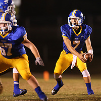 Adam Robison | BUY AT PHOTOS.DJOURNAL.COM<br /> Booneville quarterback Preston Stroupe sets the play in motion in the first quarter against Nettleton Thursday night.