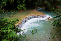 Laos, Province de Luang Prabang, chute de Tad Thong // Laos, Province of Luang Prabang, city of Luang Prabang, World heritage of UNESCO since 1995, Tad Thong waterfalls
