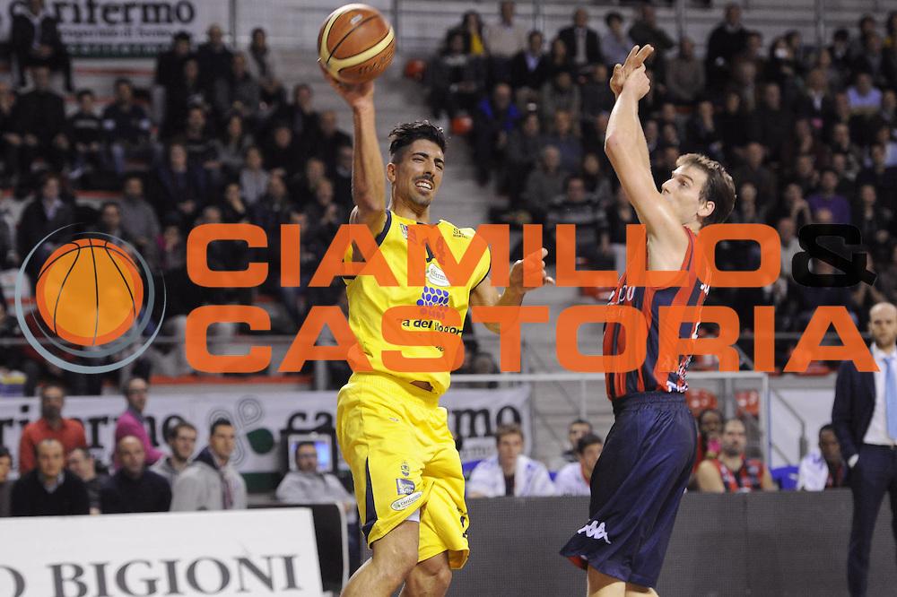 DESCRIZIONE : Ancona Lega A 2012-13 Sutor Montegranaro Angelico Biella<br /> GIOCATORE : Valerio Mazzola<br /> CATEGORIA : passaggio penetrazione tiro<br /> SQUADRA : Sutor Montegranaro<br /> EVENTO : Campionato Lega A 2012-2013 <br /> GARA : Sutor Montegranaro Angelico Biella<br /> DATA : 02/12/2012<br /> SPORT : Pallacanestro <br /> AUTORE : Agenzia Ciamillo-Castoria/C.De Massis<br /> Galleria : Lega Basket A 2012-2013  <br /> Fotonotizia : Ancona Lega A 2012-13 Sutor Montegranaro Angelico Biella<br /> Predefinita :
