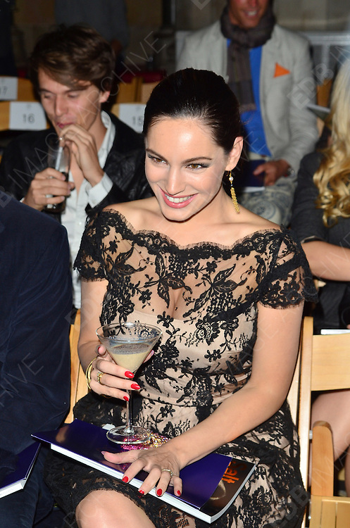 16.SEPTEMBER.2012. LONDON<br /> <br /> KELLY BROOK ATTENDS PHILIP TREACY'S LFW SHOW AT THE ROYAL COURTS OF JUSTICE. <br /> <br /> BYLINE: EDBIMAGEARCHIVE.CO.UK<br /> <br /> *THIS IMAGE IS STRICTLY FOR UK NEWSPAPERS AND MAGAZINES ONLY*<br /> *FOR WORLD WIDE SALES AND WEB USE PLEASE CONTACT EDBIMAGEARCHIVE - 0208 954 5968*
