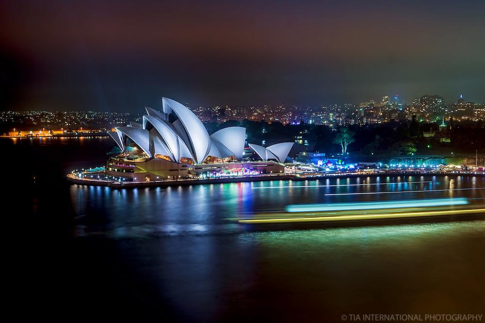 Sydney Opera House @ Night (Color)