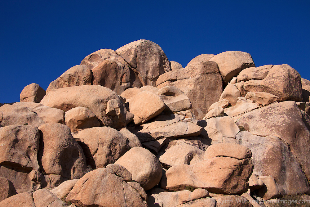 USA, California, Joshua Tree. Rocks of Hidden Valley Trail, Joshua Tree.