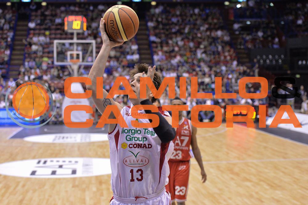 DESCRIZIONE : Campionato 2013/14 Quarti di Finale GARA 5 Olimpia EA7 Emporio Armani Milano - Giorgio Tesi Group Pistoia <br /> GIOCATORE : Cortese Riccardo<br /> CATEGORIA : Tiro<br /> SQUADRA : Giorgio Tesi Group Pistoia <br /> EVENTO : LegaBasket Serie A Beko Playoff 2013/2014 <br /> GARA : Olimpia EA7 Emporio Armani Milano - Giorgio Tesi Group Pistoia <br /> DATA : 27/05/2014 <br /> SPORT : Pallacanestro <br /> AUTORE : Agenzia Ciamillo-Castoria / I.Mancini <br /> Galleria : LegaBasket Serie A Beko Playoff 2013/2014 <br /> Fotonotizia : Campionato 2013/14 Quarti di Finale GARA 5 Olimpia EA7 Emporio Armani Milano - Giorgio Tesi Group Pistoia Predefinita :