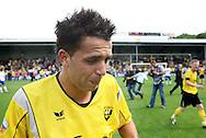 27-05-2007: Voetbal: VVV Venlo - RKC Waalwijk: Venlo<br /> RKC Waalwijk is gedegradeerd naar de Jupiler League.<br /> Ahmed Ammi huilt van vreugde na de 3-0 nu de promotie een feit is.<br /> foto : Geert van Erven