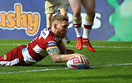 Sam Tomkins of Wigan Warriors scores the try against Warrington  Wolves during the Betfred Super League match   at the Dacia Magic Weekend, St. James's Park, Newcastle<br /> Picture by Stephen Gaunt/Focus Images Ltd +447904 833202<br /> 19/05/2018
