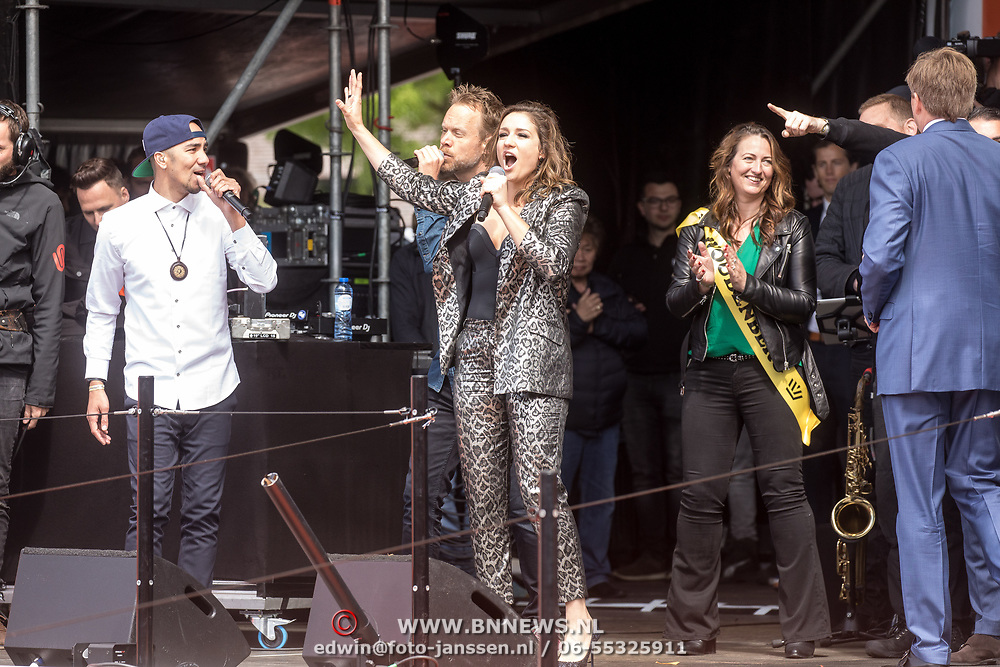 NLD/Amersfoort/20190427 - Koningsdag Amersfoort 2019, Wudstik, Maria Fiselier, Diggy Dex