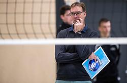 14-01-2017 NED: PDK Huizen - Inter Rijswijk, Huizen<br /> Prima Donna Kaas verliest met 3-2 van Rijswijk / Trainer Coach Teun Buijs
