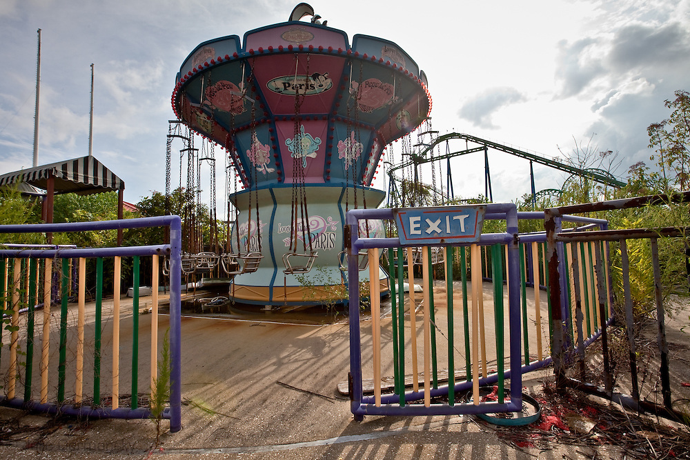 Abandoned rides at Six Flags in New Orleans. Six Flags New Orleans amusement park in Eastern New Orleans, Louisiana, closed since Hurricane Katrina  in 2005 remains in a sate of ruin. The remains of Six Flags amusement park are on low lying land owned by the city of New Orleans and have not be redeveloped since Katrina.