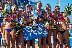 25-08-2019 NED: DELA NK Beach Volleyball, Scheveningen<br /> Last day NK Beachvolleyball / (L-R) Joy Stubbe #2, Marleen Ramond- van Iersel #1, Emma Piersma #1 and Pleun Ypma #2 Dutch Champion Beachvolleyball 2019, Julia Wouters #2, Katja Stam #1