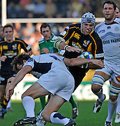 Wycombe, GREAT BRITAIN,Wasps,  James HASKELL attacking during the Heineken Cup [Pool 1]  Rugby Match,  London Wasps vs Castres Olympiqueplayed at Adams Park Stadium on Sun, 12.10.2008 [Photo, Peter Spurrier/Intersport-images]