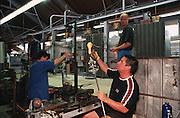 Deutschland, Germany,Baden-Wuerttemberg.Schwarzwald.Wolfach, Glasbläserei Dorotheenhütte, Glasbläser bei der Arbeit.Wolfach, glass blower workshop Dorotheenhuette...