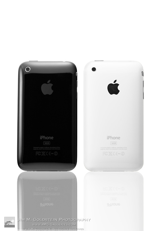 A knockout product photo of the new black and white Apple 3G iPhone