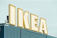 30 NOV 2000, BERLIN/GERMANY:<br /> IKEA, das schwedische Moebelhaus, Berlin-Spandau<br /> IMAGE: 20001130-01/01-15<br /> KEYWORDS: Möbelhaus