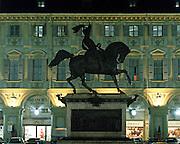 Torino il Caval 'd Brons in piazza San Carlo