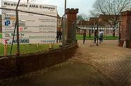 Nederland, Vught , 20030125. AMA Campus in Den Bosch. <br /> <br /> Het asielzoekerscentrum in de voormalige Isabella-kazerne in Vught is in september 2002 omgebouwd tot de eerste Nederlandse campus voor alleenstaande minderjarige asielzoekers (ama's). In het centrum moeten jongeren tussen 15 en 17 jaar worden voorbereid op een terugkeer naar hun moederland. <br /> Het is een  experiment, dat een jaar gaat duren. De ama-campus is het gevolg van het strengere beleid dat de vorige staatssecretaris van Justitie, Kalsbeek, voor de ama's in gang heeft gezet. Het Centraal Orgaan opvang Asielzoekers (COA) schotelt hen een strak dagprogramma voor, waarin onderwijs en recreatie de voornaamste elementen zijn. Het is de bedoeling dat zij het terrein niet verlaten, maar het is juridisch onmogelijk om de ama's dat te verbieden.
