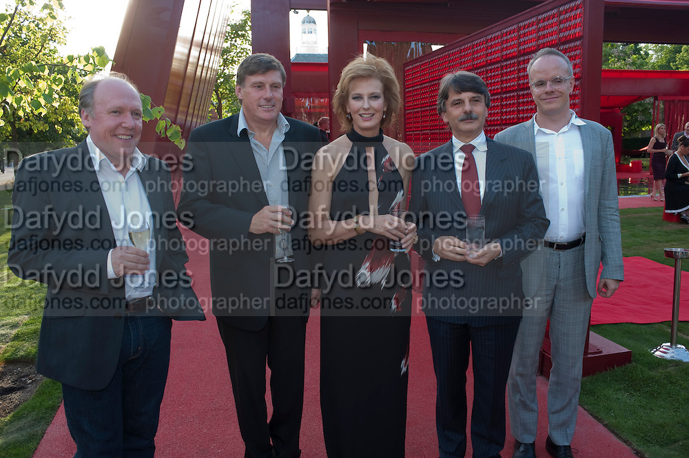 RALF SPETH; GEOFF COUSINS; MD JAGUAR; JULIA PEYTON-JONES; IAN CALLUM; HANS ULRICK OBRIST,  The Summer Party. Serpentine Gallery. 8 July 2010. -DO NOT ARCHIVE-© Copyright Photograph by Dafydd Jones. 248 Clapham Rd. London SW9 0PZ. Tel 0207 820 0771. www.dafjones.com.