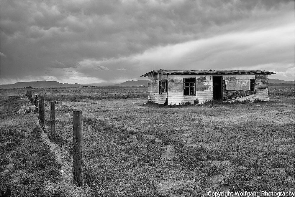 Old abandon house highway New Mexico