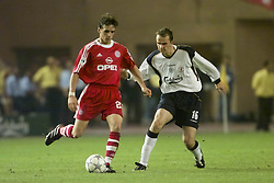 MONACO, FRANCE - Friday, August 24, 2001: Liverpool's Ditemar Hamann and Bayern Munich's Owen Hargreaves during the UEFA Super Cup Final at the Stade Louis II. (Pic by David Rawcliffe/Propaganda)