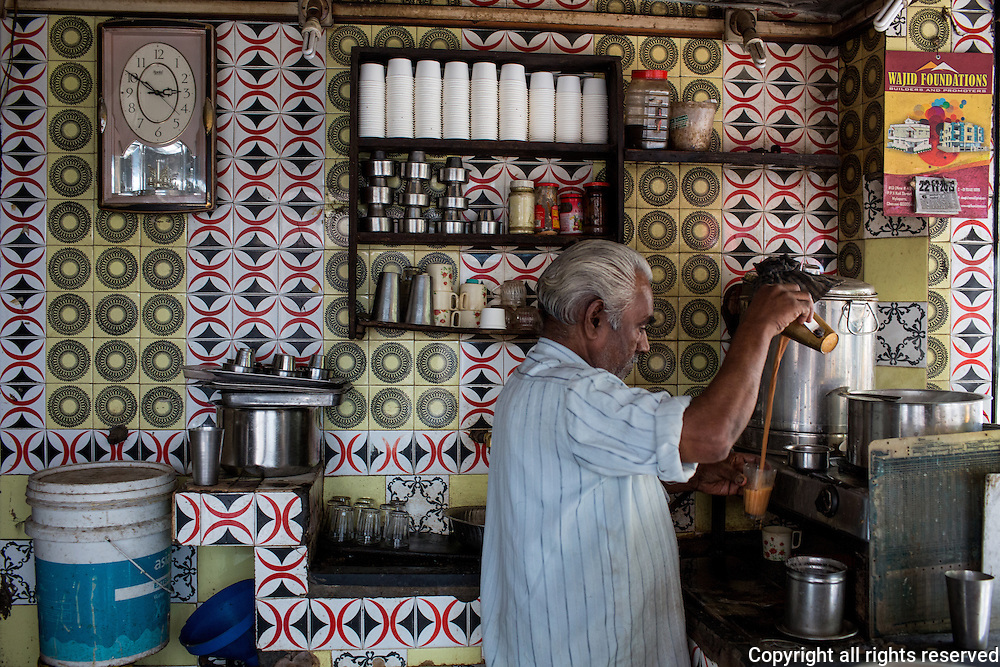 Tea shop in Chennai, Tamil Nadu, India