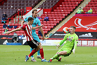 Football - 2019 / 2020 Premier League - Sheffield United vs Tottenham Hotspur<br /> Harry Kane of Tottenham Hotspur scores a goal but it is disallowed for offside, at Bramall Lane.<br /> <br /> COLORSPORT/PAUL GREENWOOD